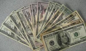 9 ideas para generar un ingreso extra mientras desarrollas tu negocio